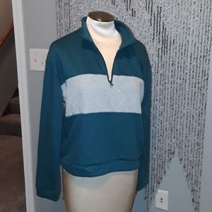 I'm selling this new sweater with tags.
